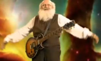 darwin tocando guitarra