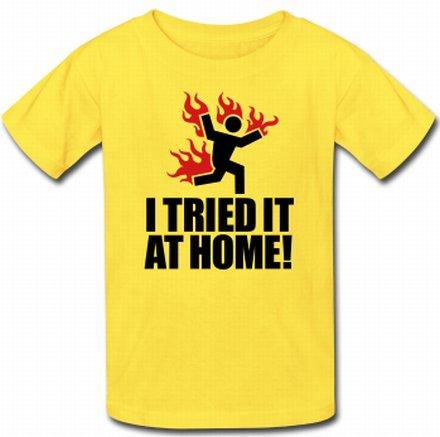 amarela com a frase I tried it at home